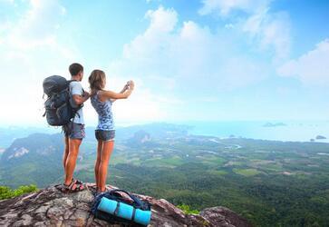 鲁女士夫妇一起获得韩国旅游签证